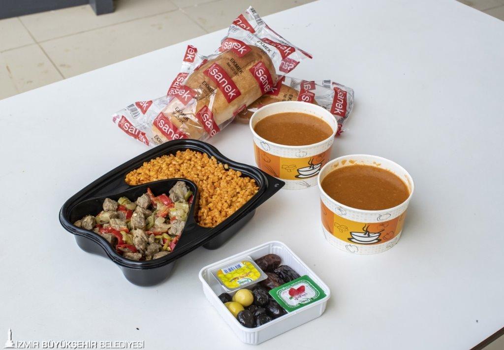 Biz Varız kampanyasında 85 bin gıda kolisi dağıtıldı